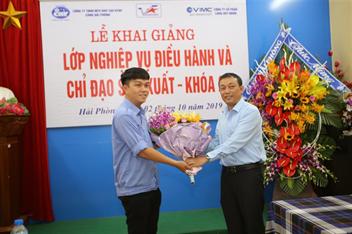 Khai giảng lớp học bồi dưỡng nghiệp vụ điều hành và chỉ đạo sản xuất cho Cảng Quy Nhơn