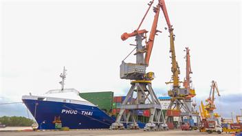 Hãng tàu GLS đưa tàu mới về khai thác tại Chi nhánh Cảng Chùa Vẽ
