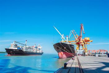 Cảng Hải Phòng vượt kế hoạch sản xuất kinh doanh tháng 3 và quý I năm 2021