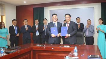 Công ty Cổ phần Cảng Hải Phòng ký biên bản ghi nhớ hợp tác với Hãng tàu KMTC