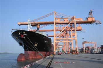 Cảng Hải Phòng ủng hộ 300 triệu đồng chung tay cùng thành phố Hải Phòng phòng chống dịch bệnh Covid-19